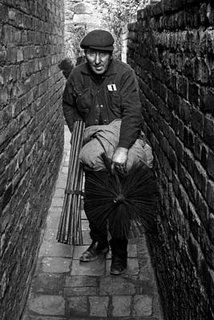 Origin and History of a Chimney Sweep - Weller's Chimney Sweeps, Stove Sales and Service Victorian Era Fashion, Edwardian Era, London History, British History, Old Pictures, Old Photos, Vintage Photographs, Vintage Photos, Chimney Sweep