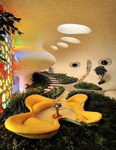 Nautilus House, Mexico City http://www.beautifullife.info/urban-design/living-in-a-shell-nautilus-house/