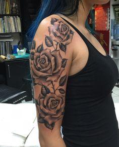 Top 100 badass tattoos for girls 2019 pop tattoo 22 Arm Tattoos For Women Upper, Rose Tattoos For Women, Tattoos For Women Half Sleeve, Shoulder Tattoos For Women, Arm Sleeve Tattoos, Black Rose Tattoos, Pretty Tattoos For Girls, Rose Tattoo Shoulder, Tattoo Sleeves Women
