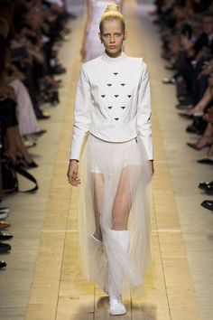 Christian Dior Spring Summer 2017 Collection Paris Fashion Week - The Dapifer: