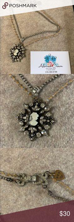 Cameo Pendant, Vintage Rhinestone, Labradorite, Rhinestones, Vintage Inspired, Jewelry Necklaces, Wire, Crown, Beads