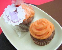 So cute! Cupcake Pumpkin soap <3