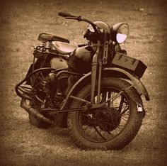 Indian Motorcycle Aged Military Equipment, Cycling Equipment, Cycling Bikes, Ducati Motorcycles, Vintage Motorcycles, Indian Motorcycles, Davidson Bike, Harley Davidson, Indian Cycle