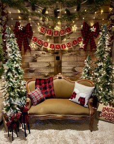 Mistletoe Market Christmas Church Photo Booth Backdrop Evangel A/G Williamsville NY Ward Christmas Party, Christmas Minis, Christmas Pictures, Christmas Home, Christmas Crafts, Christmas Mini Sessions, Christmas Booth, Christmas Photo Props, Wedding Ideas Christmas
