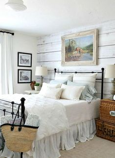 Farmhouse Style Master Bedroom Decorating Ideas