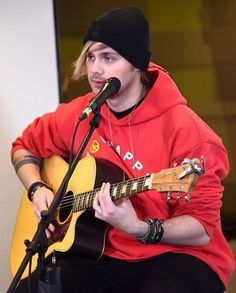 Michael at elvisduranshow