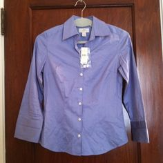 """LOFT cotton button up shirt Measures 16"""" across at armpits and 13"""" from armpit to bottom. 100% cotton. Machine wash. Be sure to check out the rest of my closet and don't forget about the bundle feature to save 10%! LOFT Tops Button Down Shirts"""