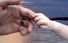 ΕΙΔΗΣΕΙΣ ΕΛΛΑΔΑ | Η υιοθεσία παιδιού σήμερα και στο παρελθόν | Rizopoulos Post