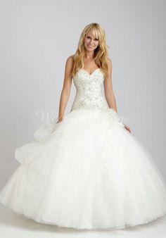 Tulle Ball Gown Sweetheart Natural Waist Floor-Length Wedding Dress with Applique - Wegodress.com