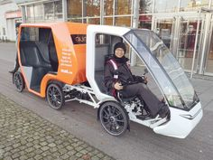 Cykeltaxi i centrum! Tricycle Bike, Trike Bicycle, Recumbent Bicycle, Electric Cargo Bike, Electric Bike Kits, Electric Cars, Motorcycle Equipment, Motorcycle Bike, E Quad