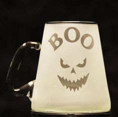 Sand Etch some cool BOO mugs for your Halloween party! Halloween Scene, Halloween Party, Scary Words, Glass Etching Stencils, Recycled Jars, Yellow Moon, Project Steps, Ghost Pumpkin, Skull And Bones