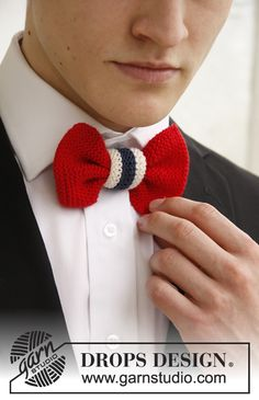 Knitted bow tie with national colours in DROPS Safran Knitting Patterns Free, Free Knitting, Free Pattern, Crochet Patterns, Drops Design, Yarn Projects, Knitting Projects, Christmas Knitting, Historical Clothing