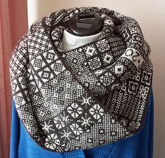 Ravelry: Sanquhar Cowl pattern by Wendy D. Johnson