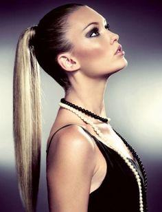 Göz Alıcı At Kuyruğu Saç Modeli