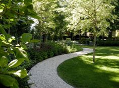 How To Build A Pathway Across A Lawn - nice curve, but need to use firm surface