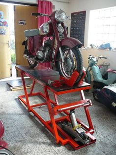 lift for Home garage.Homemade cheap motorcycle assembly table - STEP / IGES, Other - CAD model - GrabCADTable lift for Home garage.Homemade cheap motorcycle assembly table - STEP / IGES, Other - CAD model - GrabCAD Motorcycle Lift Table, Bike Lift, Motorcycle Workshop, Motorcycle Shop, Motorcycle Garage, Mini Motorbike, Motorcycle Backpacks, Garage Bike, Garage Tools