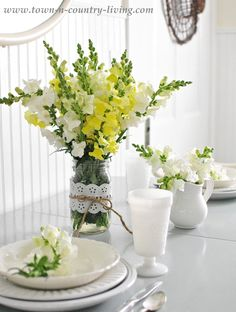 Summer Snapdragons via Town and Country Living