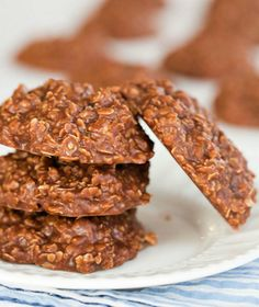 6 PEANUT BUTTER NO BAKE COOKIES: 1/4 C. sugar, 2 tbsp butter, 2 tbsp milk, 2 tbsp cocoa powder, 2 tbsp peanut butter, 3/4 C. rolled oats. Mix sugar, butter, milk, cocoa in a saucepan; heat to boiling. Boil for one minute. Stir in peanut butter, oatmeal. 4. Drop by the spoonful onto wax paper, let it set until firm.