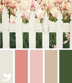 Spring Blooms - http://design-seeds.com/index.php/home/entry/spring-blooms