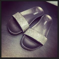 For your summer day, wearing Albano's shoes with Swarovski.