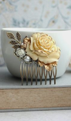 Ivory Gold Rose Antiqued Brass Hair Comb. Ivory Rose Gold Rustic Wedding. Wedding Hair Piece | By Marolsha.