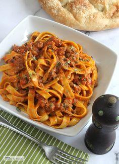 Ya sabéis cuánto me gusta la pasta italiana y cómo procuro cada semana ir cambiando las salsas para hacer un menú variado. Si hace unos días o...