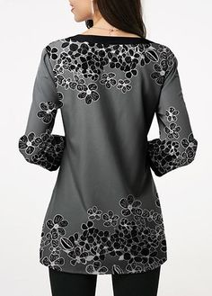 Stylish Tops For Girls, Trendy Tops, Trendy Fashion Tops, Trendy Tops For Women Trendy Tops For Women, Dress Neck Designs, Casual Skirt Outfits, Blouse Styles, Ladies Dress Design, Printed Blouse, Pattern Fashion, Fashion Outfits, Dresses