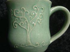 Slip trail tree mug