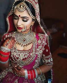Kundan jewellery on an Indian bride #indian #weddings
