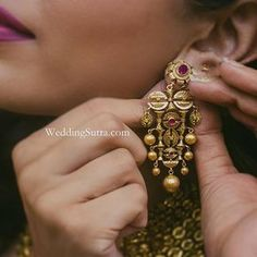 These vintage-inspired handcrafted gold earrings by Azva vows are a great buy for a modern bride. India Jewelry, Ear Jewelry, Pendant Jewelry, Gold Jewelry, Jewelery, Temple Jewellery, Jewelry Necklaces, Gold Earrings Designs, Gold Jewellery Design