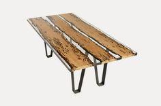 Ingeniosa mesa de madera y resina. | Quiero más diseño