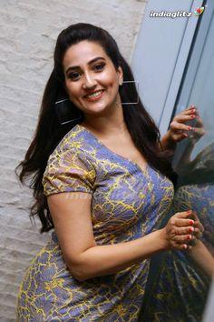 Manjusha Photos - Telugu Actress photos, images, gallery, stills and clips - IndiaGlitz.com