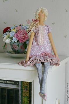 Handmade. Бледно-сиреневый, кукла Тильда