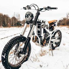 """3,550 tykkäystä, 16 kommenttia - BikeBound (@bikeboundblog) Instagramissa: """"Ice Dream: The @loonics BS 501, based on a Husqvarna FE 501. On BikeBound.com! :: #husqvarna…"""""""