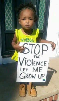 🙏🏽 Let them live in peace, children are our future, they shouldn't be afraid and shouldn't have to grow up in a world of violence. Protest Art, Protest Signs, Black Is Beautiful, Change The World, In This World, Power To The People, Anti Racism, Human Rights, Black History