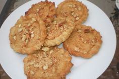 Tortas de Conde... full of Spanish flavours: fennel seeds and liquor, olive oil, almonds.