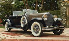 1930 Duesenberg Model J 'Sweep Panel' dual-cowl phaeton by LeBaron. Coachbuilder LeBaron originated the 'Sweep Panel' styling used on early Duesenberg Model Js, Auburn Car, Radiator Cap, Automobile Companies, Union City, Amelia Island, Us Cars, American Muscle Cars, Custom Cars, Vintage Cars