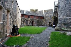 Isle of Barra, Scotland - Kisimul Castle (Castle of Clan Macneil)!