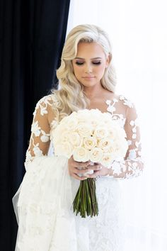This ultra-glamorous New York wedding is beyond top-notch and we keep perusing through all of Rafal Ostrowski& photography chronicles of this big day. White Rose Bouquet, White Roses Wedding, Tulip Wedding, Classic Wedding Flowers, Classic Weddings, Blue Wedding, Cascading Wedding Bouquets, Rose Wedding Bouquet, Bride Bouquets