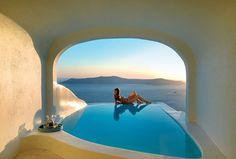Sun Rocks Hotel Santorini