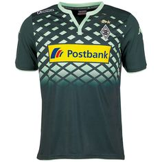 Mit dem neuen Auswärtstrikot 2015/2016 rüstet sich Borussia Mönchengladbach für seine kommenden Auftritte in den Stadien der Bundesliga. Das von Kappa gefertigte Trikot präsentiert sich in einem Mix aus modischem Design, funktionaler Beschaffenheit und dynamischer Schnittführung. Die grüne Grundfarbe wird ergänzt durch hellgrüne, seitlich liegende Rautenelemente im oberen Bereich des Shirts. De...