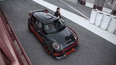 It's been over ten years since MINI came out with the first John Cooper Works GP. It was a tiny legend that only made it to 2,000 owners, and now the Brits are looking to repeat the stunt with a third generation. But we're not absolutely sure that the John Cooper Works GP concept coming to Frankfurt should be considered a preview.