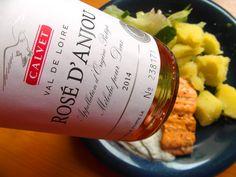 Grilovaný losos s pohárom Rosé d´ Anjou je ideálna kombinácia, a čo ste obedovali vy ? ... www.vinopredaj.sk #losos #salmon #grill #bbq #rose #rosee #rosedanjou #obed #dinner #jedlo #dobrejedlo #dobre #grilovanie #grilovany #ryba #wine #vino #wein #delikatesy #deli #delishop #dobroty