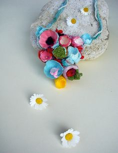 Multicolor Necklace Paper Flowers Necklace by AlessandraFabre