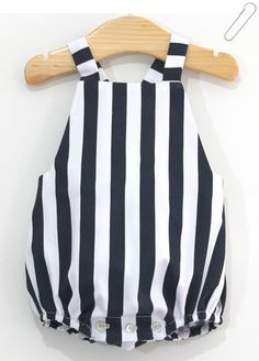 Patron et tutoriel couture gratuits barboteuse pour bébé