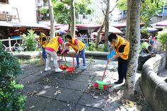 District 300F #LionsClubs (MD 300 Taiwan) cleaned and landscaped a community park