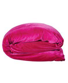 Hot Lips Velvet Quilt Cover Quilt Cover, Velvet Quilt, Bean Bag Chair, Pillow Cases, Lips, Hot, Summer 2015, Bedroom Ideas, Color