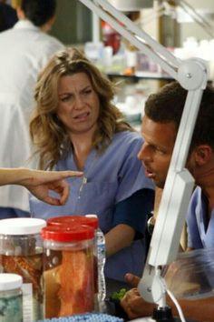 Grey's Anatomy Meredith is me when teacher's assign homework. Best Tv Shows, Best Shows Ever, Favorite Tv Shows, Grey's Anatomy Tv Show, Greys Anatomy Cast, Grey's Anatomy Doctors, Dark And Twisty, Grey Stuff, Ellen Pompeo