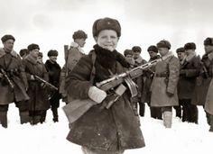第二次大戦中のソ連軍の斥候、15歳のファオヴァ・エゴロフ(1942年4月)