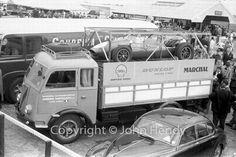 silverstone 60 Camion de la scuderia Castellotti en 1960 et la Cooper Ferrari